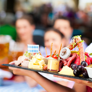 essen und trinken unsere speisekarten schwabengarten der biergarten in stuttgart leinfelden. Black Bedroom Furniture Sets. Home Design Ideas